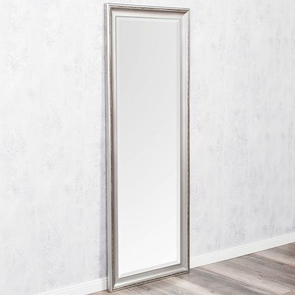 spiegel mit silbernen rahmen spiegel mit rahmen d glas. Black Bedroom Furniture Sets. Home Design Ideas