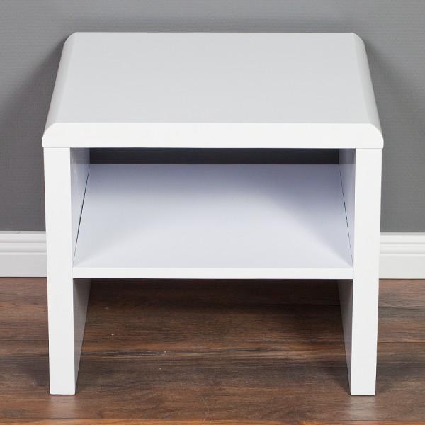 nachttisch hoch fabulous nachttisch elena buche modell. Black Bedroom Furniture Sets. Home Design Ideas